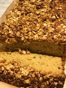 best zucchini bread with cinnamon streusel topping